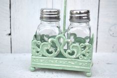 Salt & Pepper Caddy with 2 shakers / Mint by DiamondintheRust