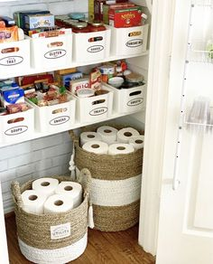 5 Easy Tips to Help Organize your Pantry 5 Easy Tips to Help Organize . - 5 Easy Tips to Help Organize your Pantry 5 Easy Tips to Help Organize your Pantry – Cri - Kitchen Organization Pantry, Home Organisation, Pantry Storage, Organization Hacks, Pantry Ideas, Pantry Shelving, Shelving Ideas, Bedroom Organization, Organizing Tips