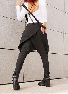 Avant Garde Pants /Harem Pants Women /Drop Crotch Pants/ Baggy   Etsy Baggy Pants, Casual Pants, Military Combat Boots, Harem Trousers, Drop Crotch Pants, Urban Fashion, Black Pants, Pants For Women, Model
