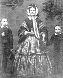 Mary Todd Lincoln with sons Willie and Tad.