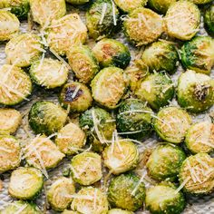 Garlic Parmesan Rosted Brussels Sprouts