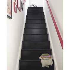 Slender staircase Source by oliviaTamponLajarriette Carpet Staircase, Wood Staircase, Staircase Design, Staircases, Entryway Stairs, Black Painted Stairs, Black Stairs, Yellow Stairs, Home Entrance Decor