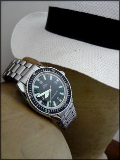 Vintage Omega Seamaster 300 Diver #Omega #Seamaster #SM300 #Watches #Menswear - omegaforums.net