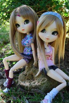 Pullip Dolls   leg warmers+sneakers=cute  Pretty pink striped tank with shorts