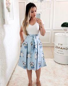 AtelierdaSaias by Pâmela Bozza ( Modest Wear, Modest Dresses, Modest Outfits, Skirt Outfits, Cute Dresses, Dress Skirt, Casual Outfits, Cute Outfits, Muslim Fashion