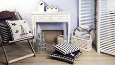 Tessuti per l'arredamento di una casa al mare - Tessuti a righe bianche e blu
