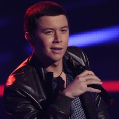 """Scotty McCreery. You had me from """"baby lock them doors and put them lights down low"""" hot damn"""