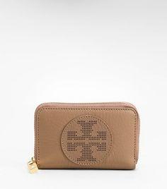 Womens Wallets & Wristlets
