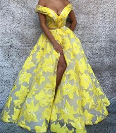 Off the Shoulder V Neck Prom Dresses 2018 Long Arabic Yellow Embroidery Printed Prom Gown African Print Dresses, African Fashion Dresses, African Dress, Ankara Fashion, Fashion Skirts, African Prints, African Style, African Fabric, Elegant Dresses