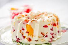 Como fazer gelatina mosaico com creme de leite - Receitas - GNT