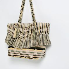 Image 2 of FRINGED WOVEN TOTE from Zara