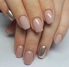 Nail ideas and inspiration. Nails looks including acrylic gel matte glitter and natural. Gold nails nail design and nail art. Summer nails and winter nails. Long and short nails. Nail shapes including almond tapered round stiletto square oval and squoval. Nail Color Trends, Nail Colors, Acrylic Nail Designs, Nail Art Designs, Acrylic Gel, Nails Design, Nagel Tattoo, Short Nails Art, Short Nail Designs