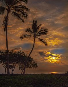 Sunset on the Big Island, Hawaii. Heaven on earth!
