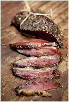 Traditionally, prosciutto is a salt cured and dry aged Italian ham with a delicate buttery texture. In this duck version, Chef Roberto Leoci spins the story a little differently by using a fresh duck breast and a few simple ingredients. The only thing you Goose Recipes, Duck Recipes, Sausage Recipes, Meat Recipes, Cooking Recipes, Italian Ham, Italian Recipes, Spanish Recipes, Cheese