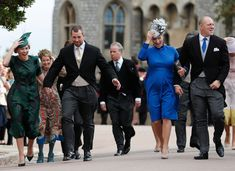 Peter Phillips Autumn Phillips Zara Tindall and Mike Tindall arrive to attend the wedding of Britain's Princess Eugenie of York to Jack Brooksbank at. Princess Eugenie And Beatrice, Princess Anne, Royal Princess, Autumn Phillips, Kate Middleton Skirt, Zara Phillips, Peter Phillips, Eugenie Wedding, Eugenie Of York