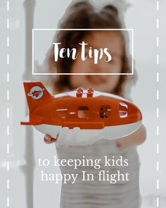 10 tips to keep kids happy in flight - Mom Jeans & Mimosas Flying With Kids, Car Seat And Stroller, Mimosas, Travel With Kids, Mom Jeans, Happy, Tips, Ideas, Advice