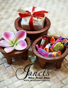 Too cute wedding favors, mini tanoas