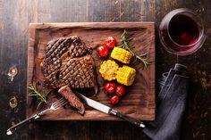 Десять сочных, ароматных и невероятно вкусных блюд из мяса ждут, пока вы их приготовите.  Осторожно! Просмотр вызывает повышенное слюноотделение и урчание в животе.