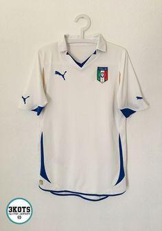 c4a08db70e8 ITALY 2010 12 Away Football Shirt (S) Soccer Jersey PUMA Maglia Vintage  Calcio