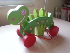 """PLAN TOYS Dancing Crocodile Wooden Pull-Along Toy, 9"""" Long"""