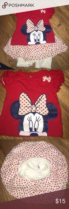 Disney Baby skirt/Short Set. Great condition. Disney Baby skirt/Short Set. Great condition. Great bundle item. I have a headband for this as well I can throw in at no cost. Disney Matching Sets