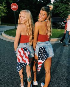 besties bff pictures, high school football games ve best friend p 4th Of July Pics, 4th Of July Outfits, Holiday Outfits, Outfits For Teens, Summer Outfits, Cute Outfits, Cute Friend Pictures, Best Friend Pictures, Bff Pics