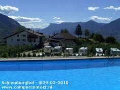Camperplaats Tirolo [BZ] - Camper Stellplatz Schneeburghof - Italië