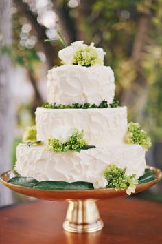 Michelle did such a great job on the wedding cake