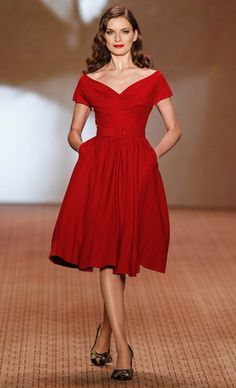 Lena hoschek autumn winter 2014 retro fashion ideas trends for fall winter 2020 Fifties Fashion, Retro Fashion, Vintage Fashion, Lolita Fashion, Fashion Days, Look Fashion, Berlin Fashion, Little Red Dress, Spring Fashion Trends