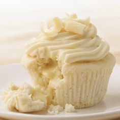 Gourmet Cupcake Recipes | White Chocolate Cupcakes Recipe | Key Ingredient