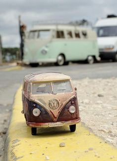 Mini VW Bus