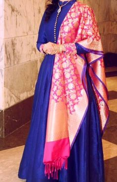 Choli Dress, Anarkali Dress, Lehenga Blouse, Kurta Designs, Blouse Designs, Indian Dresses, Indian Outfits, Simple Gowns, Indian Party Wear