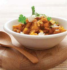 Chickpea & potato tagine recipe #food #morocco #vegan #vegetarian #tajine Tagine Recipes, Indian Food Recipes, Ethnic Recipes, Tasty, Yummy Food, World Recipes, Vegetarian Food, Chana Masala, Healthy Eats