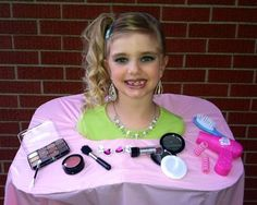 Barbie Make Up Doll Head. Barbie Halloween Costume, Halloween Makeup, Halloween Pumpkins, Halloween Decorations, Halloween Ideas, Favorite Holiday, Holiday Fun, Barbie Makeup, Diy Costumes