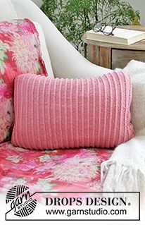 Morgan's Daughter Pillow / DROPS 183-34 - Free knitting patterns by DROPS Design Knitting Patterns Free, Free Knitting, Free Pattern, Stitch Patterns, Crochet Patterns, Pillow Patterns, Drops Design, Knitted Cushion Covers, Knitted Cushions