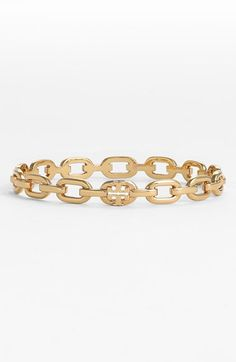 Free shipping and returns on Tory Burch Logo Bangle at Nordstrom.com. Fixed chain links refresh the classic, stackable style of a slim bangle, accented here with the unmistakable Tory Burch logo.