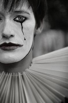 Mime: circus