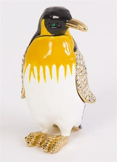 This fun marching penguin trinket box is encrusted with multiple Swarovski crystals on its wings. The penguin is a pretty way to keep your small jewelry safe and organized, and the included matching pendant is a stylish accessory. Jewelry Dresser, Penguin Art, Antique Boxes, Pretty Box, Vintage Birds, Jewel Box, Mellow Yellow, Keepsake Boxes, Trinket Boxes