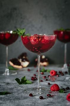 Raspberry and Pomegranate Rosé Summer Cocktail - This recipe is made with mint…: