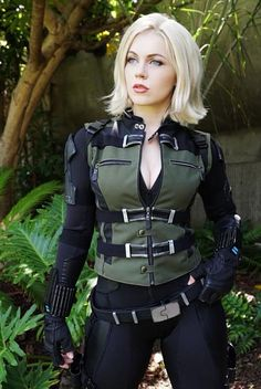 Genevieve Marie as Black Widow. Black Widow Costume, Black Widow Cosplay, Gi Joe, Prity Girl, Naruto Girls, Marvel Cosplay, Military Women, Best Cosplay, Cosplay Girls