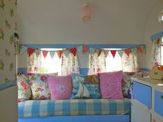 An angel in the garden: Lucy, Our Sweet Vintage Caravan. A great blog with lots of ideas