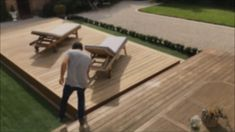 Terrasse mobile de piscine Rolling-Deck® - The Effective Pictures We Offer You About diy A quality picture can tell you many things. You can - Small Backyard Pools, Backyard Pool Designs, Swimming Pools Backyard, Backyard Patio, Backyard Landscaping, Patio Stone, Flagstone Patio, Concrete Patio, Patio Table