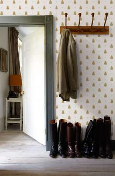 ideas hallway wallpaper ideas entryway farrow ball for 2019 Farrow Ball, Farrow And Ball Paint, Unique Wallpaper, Geometric Wallpaper, Colorful Wallpaper, Hallway Wallpaper, Home Wallpaper, Nursery Wallpaper, Wallpaper Online