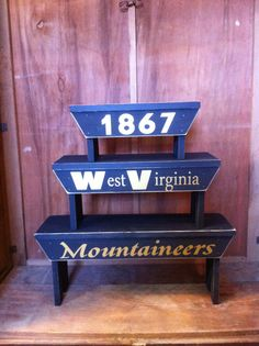 Wondrous 12 Best Wvu Room Images West Virginia West Virginia Creativecarmelina Interior Chair Design Creativecarmelinacom