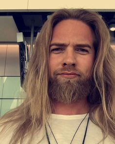 This photo is undeniably an impressive style procedure. This photo is undeniably an imp I Love Beards, Grey Beards, Long Beards, Beard Styles For Men, Hair And Beard Styles, Long Hair Styles, Boys Long Hairstyles, Haircuts For Men, Lomg Hair