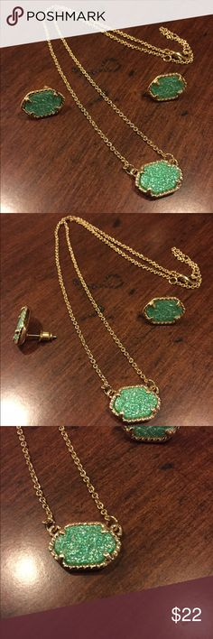 Drusy green necklace Earrings and necklace set. New and never been used. Gold and green. Prefect  for any occasion. Similar to kendra Scott Style Jewelry Necklaces