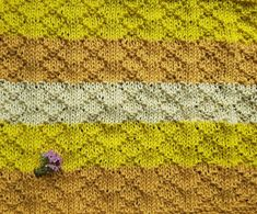 Knit Purl Stitches, How To Purl Knit, Shag Rug, Rugs, Knitting, Blog, Diy, Blankets, Decor