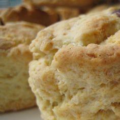 Juustosconesit | Sempergluteeniton.fi Scones, Bread, Recipes, Food, Brot, Recipies, Essen, Baking, Meals