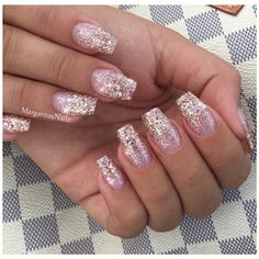 Black Gold Nails Rose Gold Glitter Ombré Nails by MargaritasNailz from Nail Art Gallery - Glitter Fade Nails, Faded Nails, Rose Gold Nails, Glitter Acrylics, Glitter Nail Art, Glitter Nikes, Peach Nails, Glitter Heels, Glitter Eyeshadow