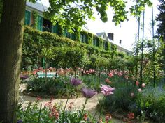 this is another one of my favorite places to visit- Monet's home and garden in Giverny, France